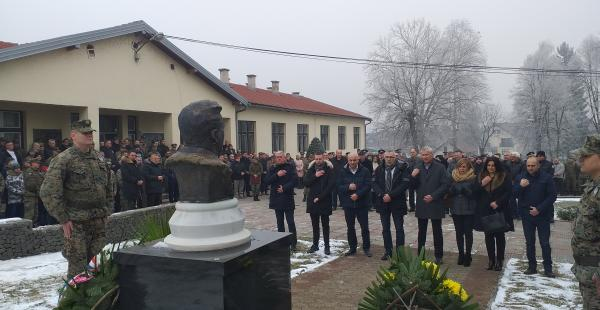 U dosadašnjih 49 brojeva bili ste najbolji promicatelj Hrvatske vojne.